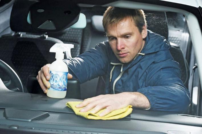 desinfectando el coche